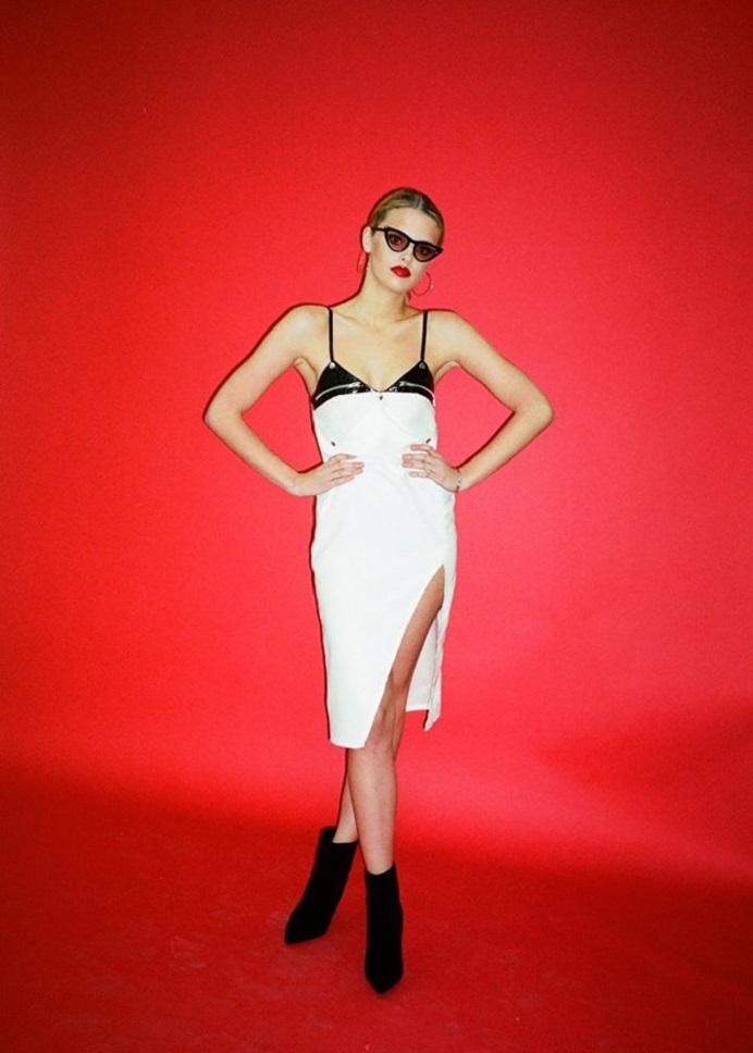 hayley scanlan white dress